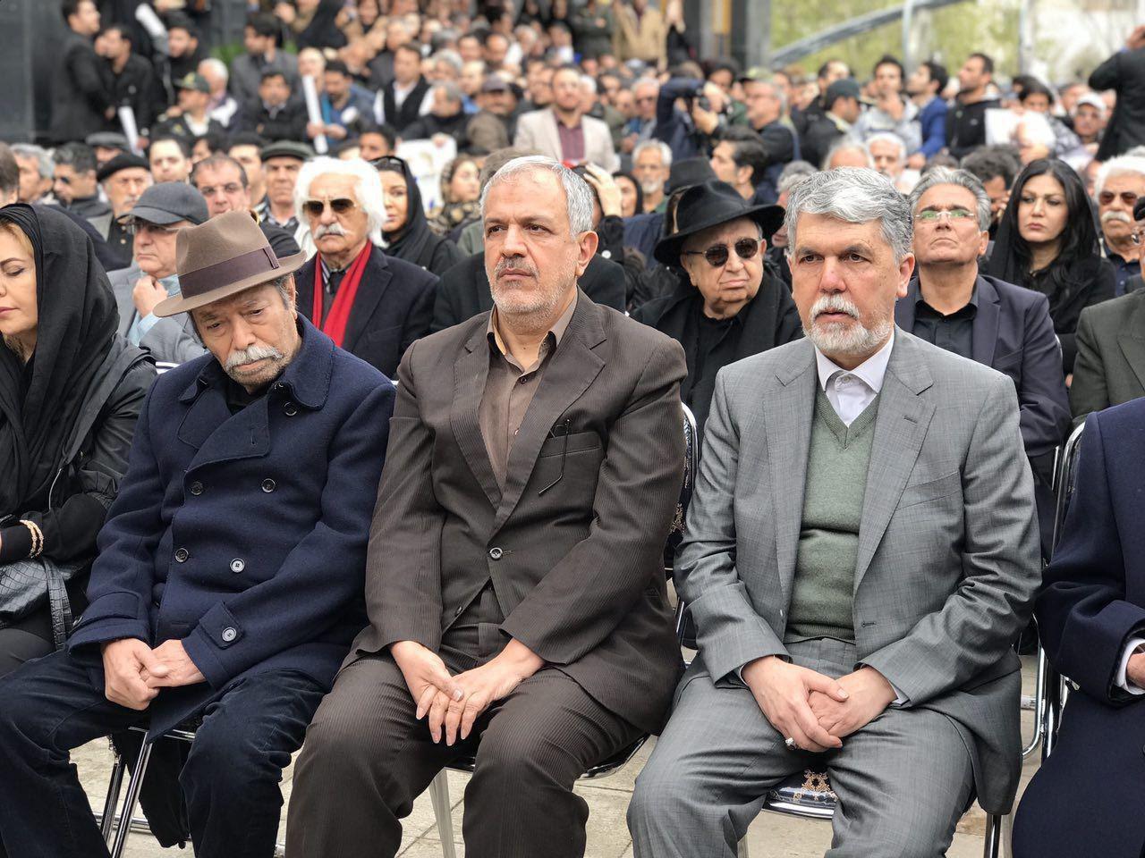 علی نصیریان و وزیر ارشاد - گزارش تصویری مراسم تشییع جمشید مشایخی