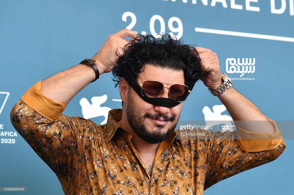 جواد عزتی بازیگر فیلم خورشید در جشنواره ونیز 2020