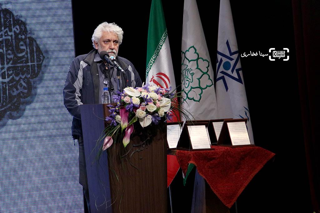 کامران ملکی در مراسم یادبود هنرمندان درگذشته سال ۱۳۹۵ با عنوان «آیین چراغ خاموشی نیست»