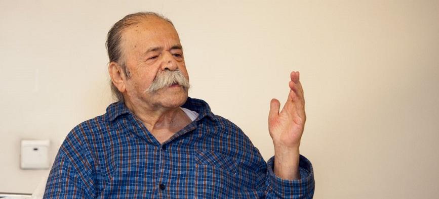 محمدعلی کشاورز: روزهای تلخ و شیرین از سر این ملک عبور میکند