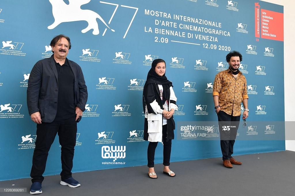 جواد عزتی، مجید مجیدی و شمیلا شیرزاد در فوتوکال فیلم خورشید در جشنواره فیلم ونیز