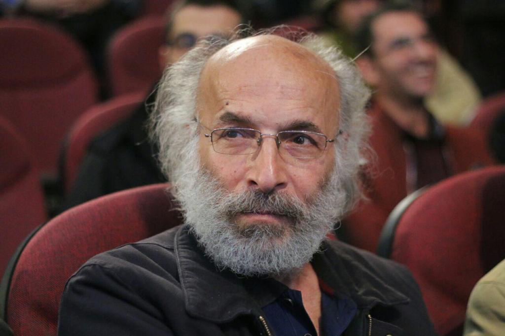 کیانوش عیاری در ششمین جشنواره ملی فیلم کوتاه حسنات
