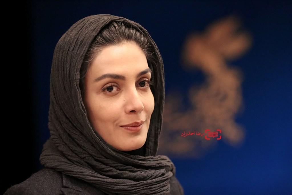 لیلا زارع در اکران «خانه دیگری» در سی و پنجمین جشنواره فیلم فجر