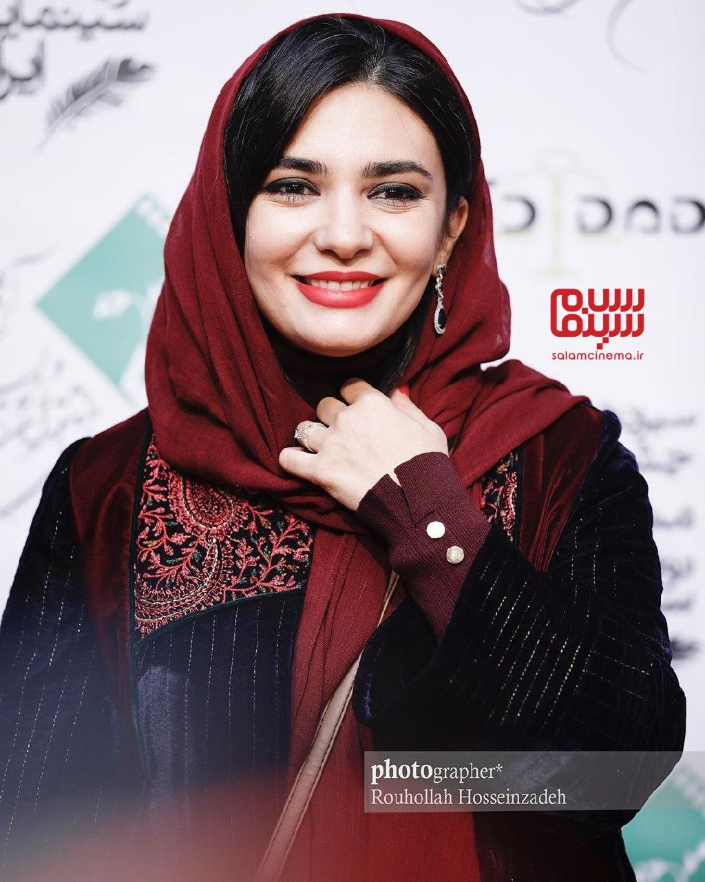 لیندا کیانی - سیزدهمین شب انجمن منتقدان و نویسندگان سینمای ایران