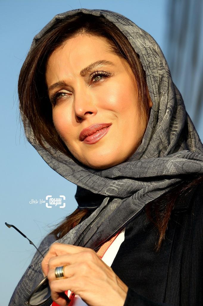 عکس مهتاب کرامتی در روز دوم سی و هفتمین جشنواره جهانی فیلم فجر