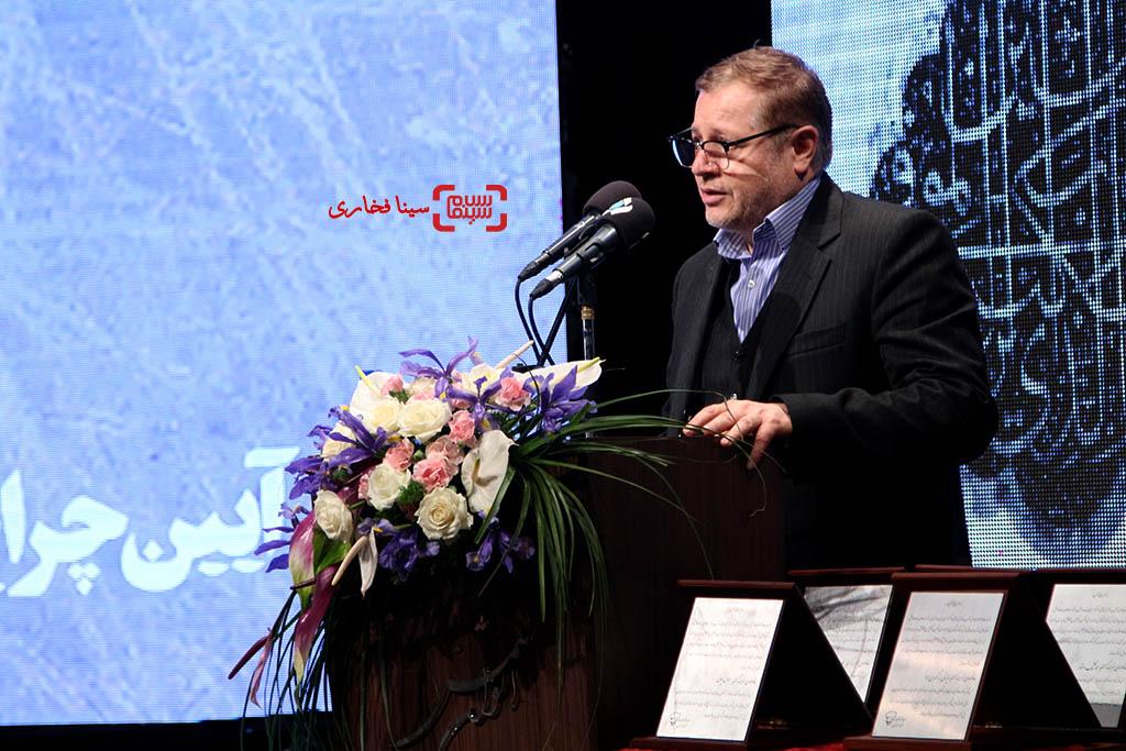 مجید رجبی معمار، مدیرعامل خانه هنرمندان در مراسم یادبود هنرمندان درگذشته سال ۱۳۹۵ با عنوان «آیین چراغ خاموشی نیست»