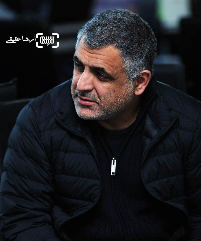 مانی حقیقی در اولین قرعه کشی برنامه زمانی سینمای رسانه جشنواره فجر