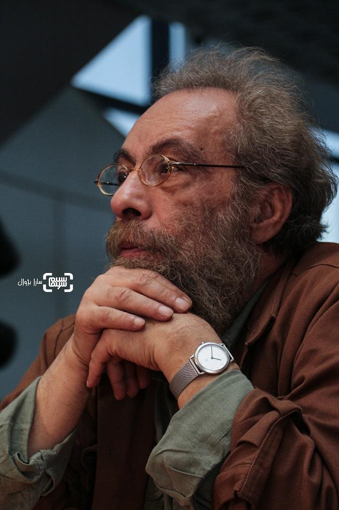 عکس مسعود فراستی در روز اول سی و هفتمین جشنواره جهانی فیلم فجر