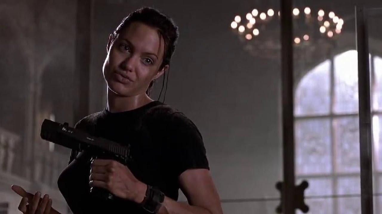 آنجلینا جولی در فیلم لارا کرفت