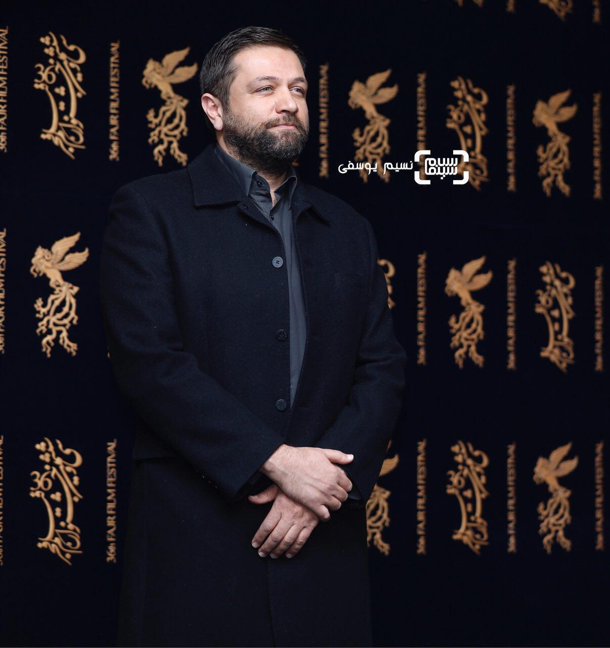 مزدک میرعابدینی در نشست خبری فیلم «مصادره» در کاخ رسانه سی و ششمین جشنواره فیلم فجر