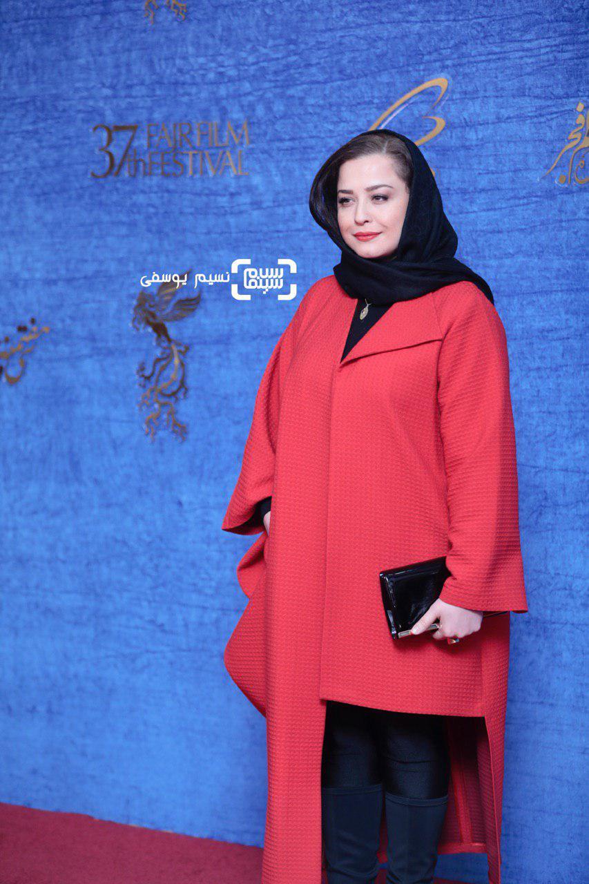 مهراوه شریفی نیا گزارش تصویری اکران و نشست فیلم «درخونگاه»/جشنواره فجر 37