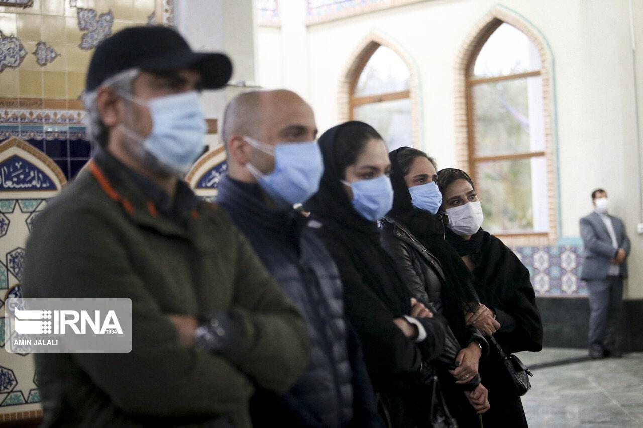 بازیگران در مراسم اقامه نماز بر پیکر محمدرضا شجریان