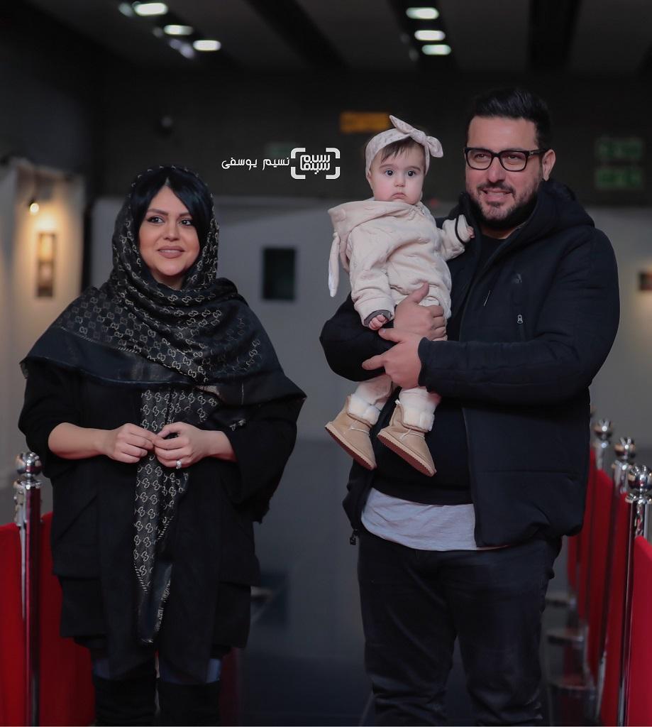 محسن کیاییدر کنار همسر و دخترش، رز