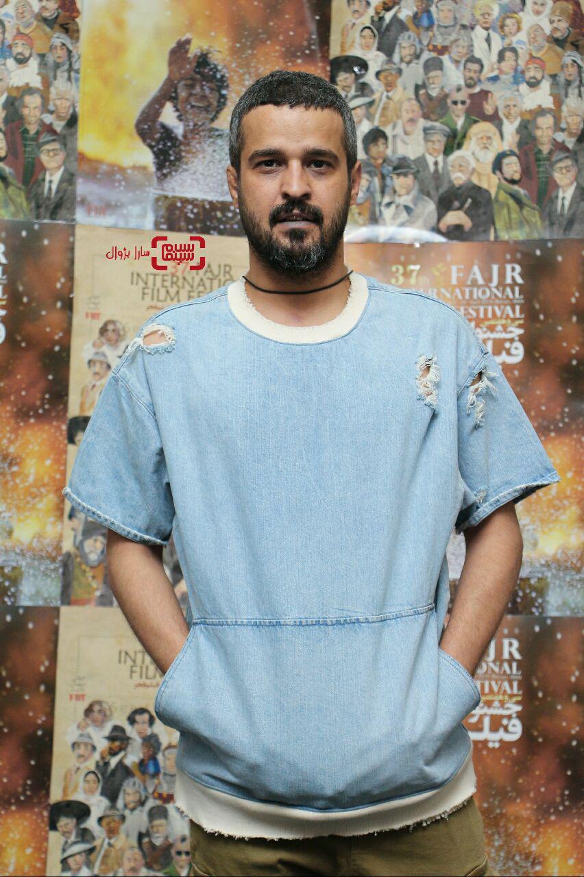عکس مجتبی پیرزاده در روز ششم سی و هفتمین جشنواره جهانی فیلم فجر