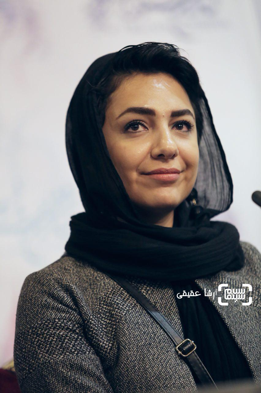 مونا سرتوهدر اکران فیلم «جشن دلتنگی» در سی و ششمین جشنواره فیلم فجر
