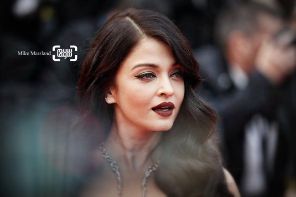 آیشواریا رای در فرش قرمز فیلم «غول بزرگ مهربان»(BFG) در شصت و نهمین جشنواره فیلم کن