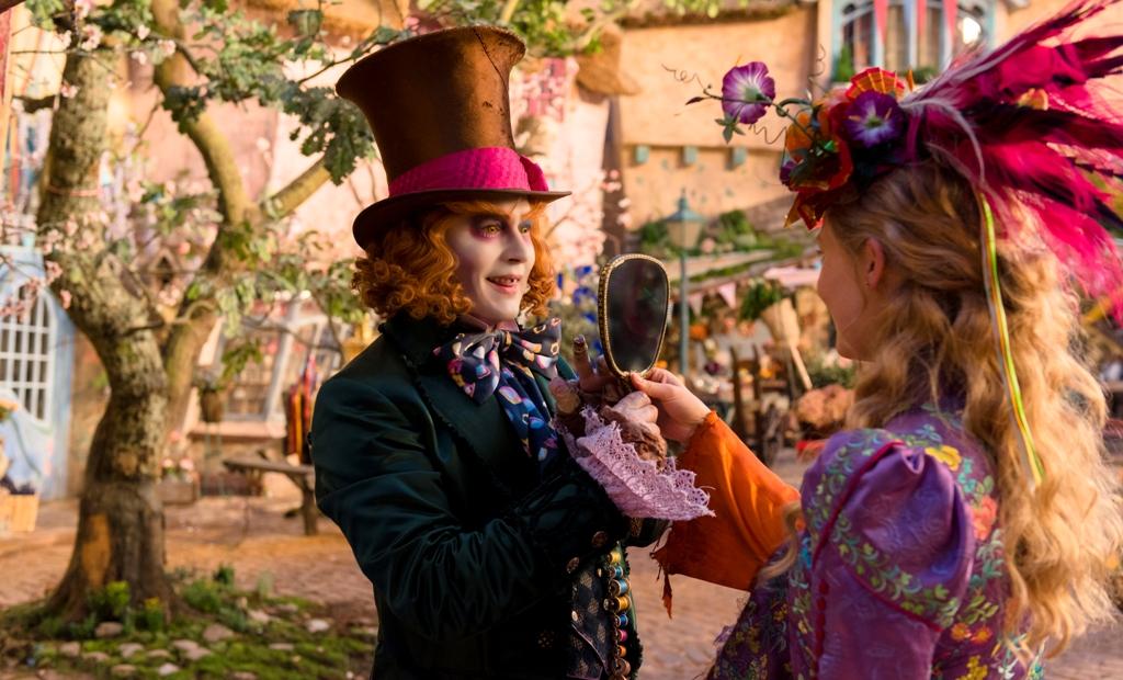جانی دپ در فیلم «آلیس آنسوی آینه»(Alice Through the Looking Glass)