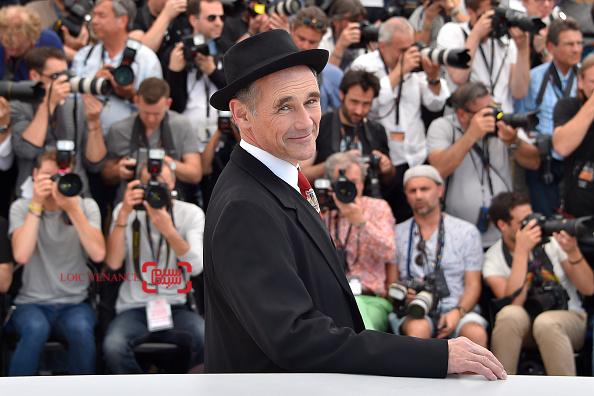 مارک رایلنس در فتوکال فیلم «غول بزرگ مهربان» در شصت و نهمین جشنواره فیلم کن