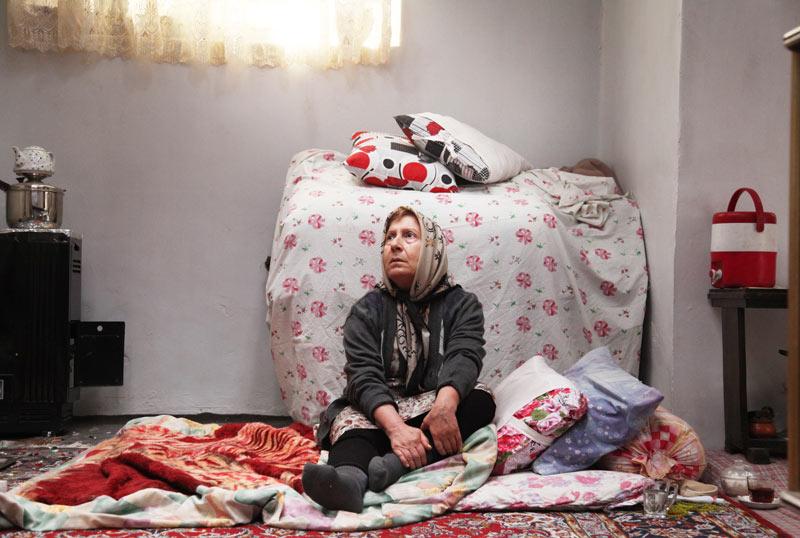 شیرین یزدان بخش در نمایی از فیلم «ابد و یک روز»