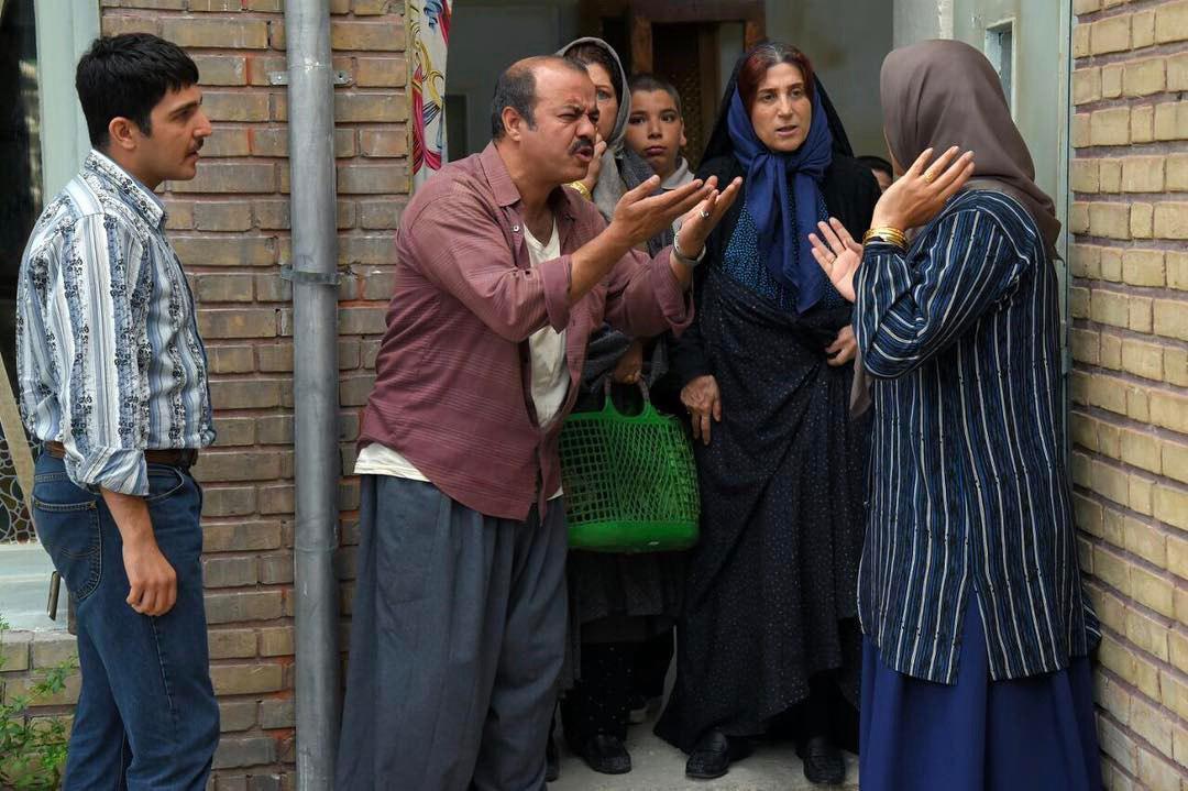 فاطمه معتمدآریا، سعید آقاخانی و محمدرضا غفاری در فیلم «آباجان»