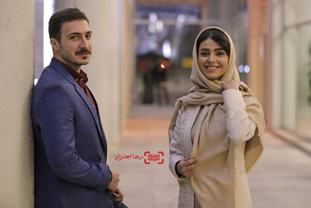 ابوالفضل میری و لاله مرزبان در اکران فیلم «زیر سقف دودی» در جشنواره فیلم فجر35