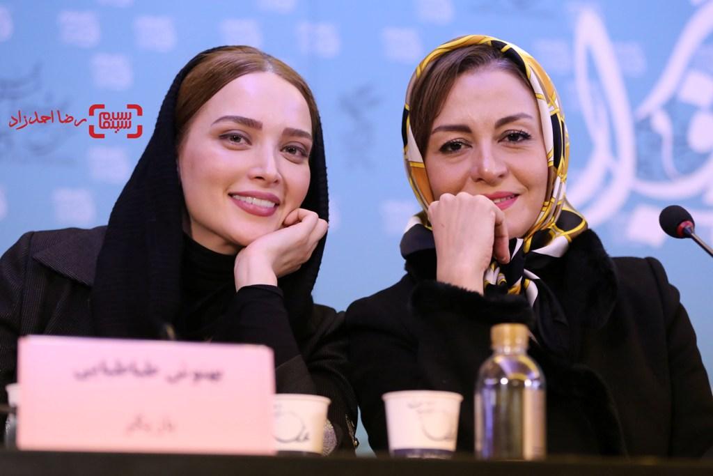 بهنوش طباطبایی و مریلا زارعی در نشست خبری «زیر سقف دودی» در سی و پنجمین جشنواره فیلم فجر