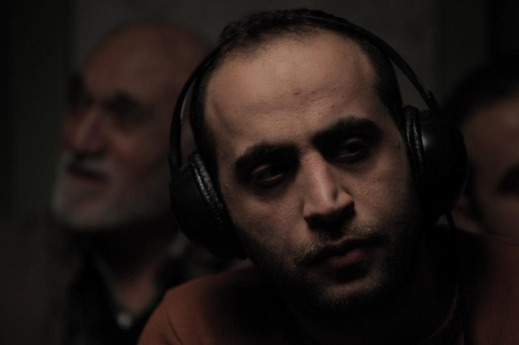 مصطفی سلطانی در پشت صحنه فیلم «چراغ های ناتمام»