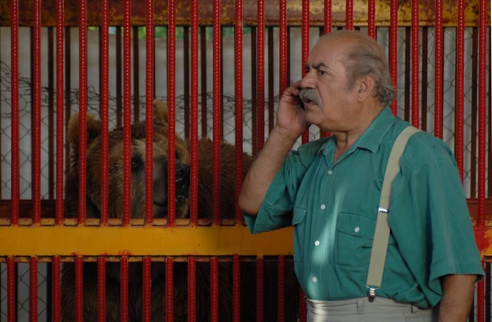 """title:""""نقد فیلم """"دزد و پری"""" از حسین قناعت -http://anamnews.com/ """" alt:"""" بهزاد فراهانی در فیلم «دزد و پری» """""""