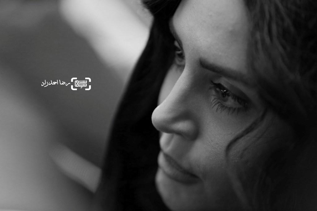 الناز شاکردوست در اکران فیلم «خفه گی» در سی و پنجمین جشنواره فجر