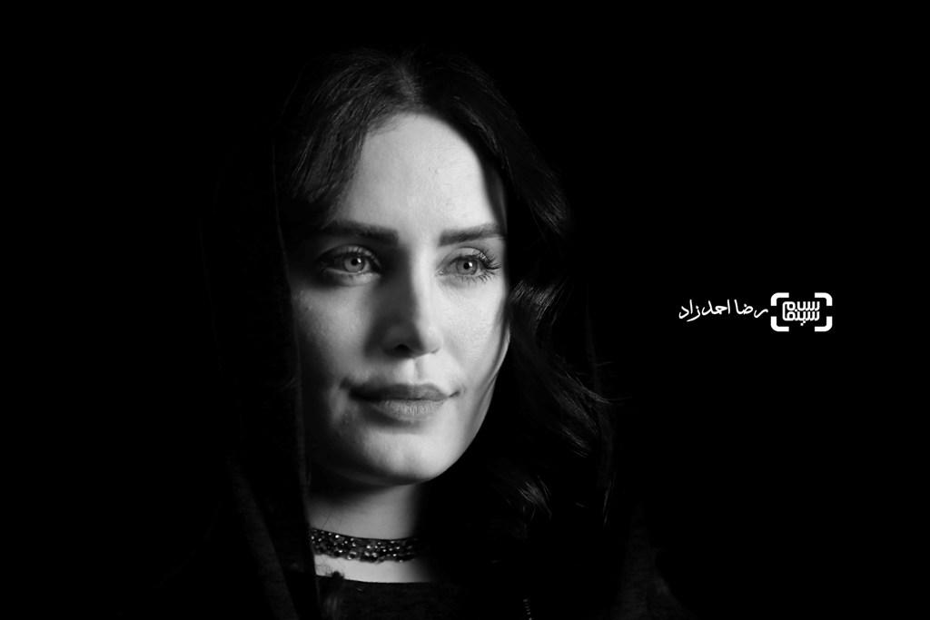 الناز شاکردوست در اکران «خفه گی» در سی و پنجمین جشنواره فجر