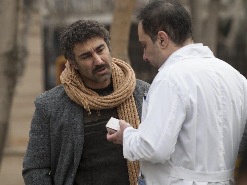 محسن تنابنده در پشت صحنه فیلم «فراری»