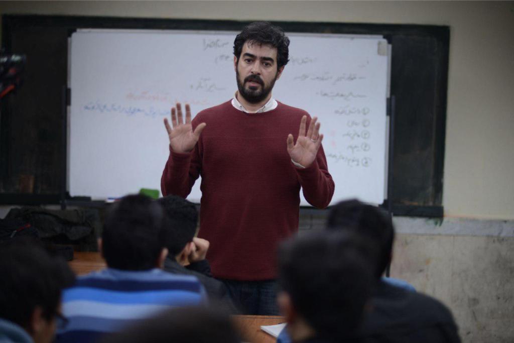 شهاب حسینی در نمایی از «فروشنده»