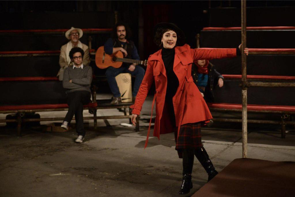 مینا ساداتی در فیلم «فروشنده»