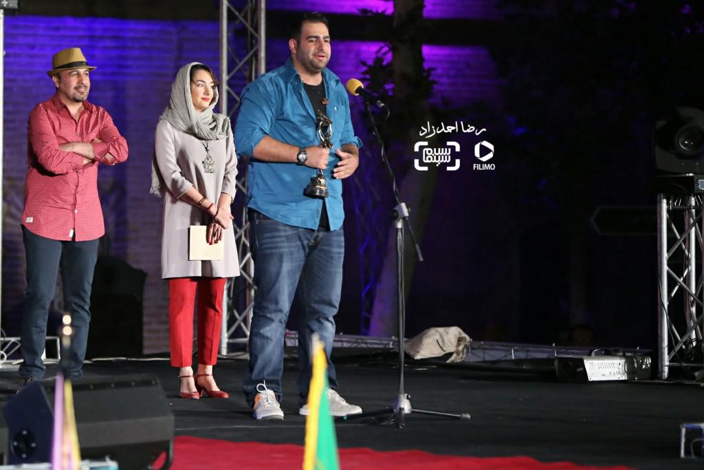 محمد بدرلو برنده تندیس بهترین عکس برای فیلم «اعترافات خطرناک ذهن من» در هجدهمین جشن خانه سینما