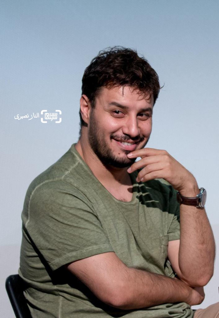 جواد عزتی در نشست فیلم «فرشته ها با هم می آیند» در نخستین جشنواره سلامت
