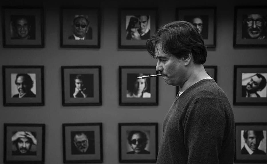 پیمان قاسم خانی در نمایی از پشت صحنه فیلم «خوب، بد، جلف»