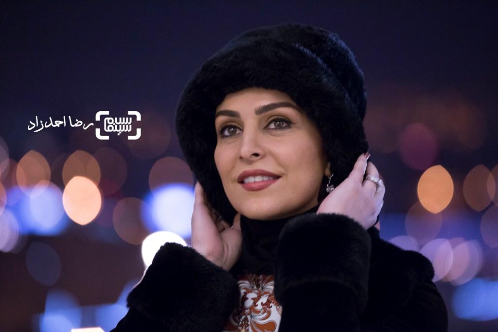 ماه چهره خلیلی در اکران فیلم «یادم تو را فراموش» در جشنواره فیلم فجر35