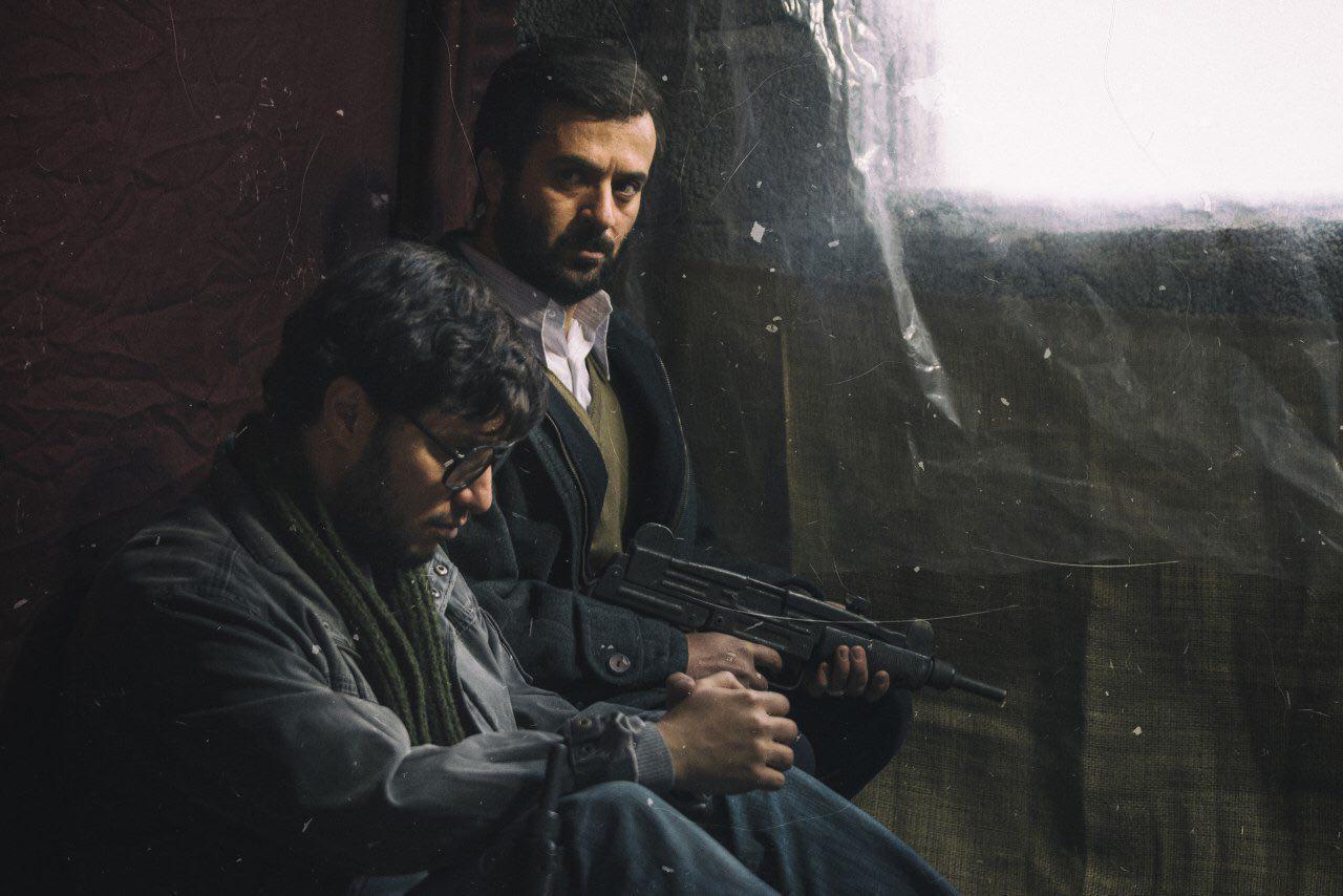 احمد مهران فر و جواد عزتی در فیلم «ماجرای نیمروز»