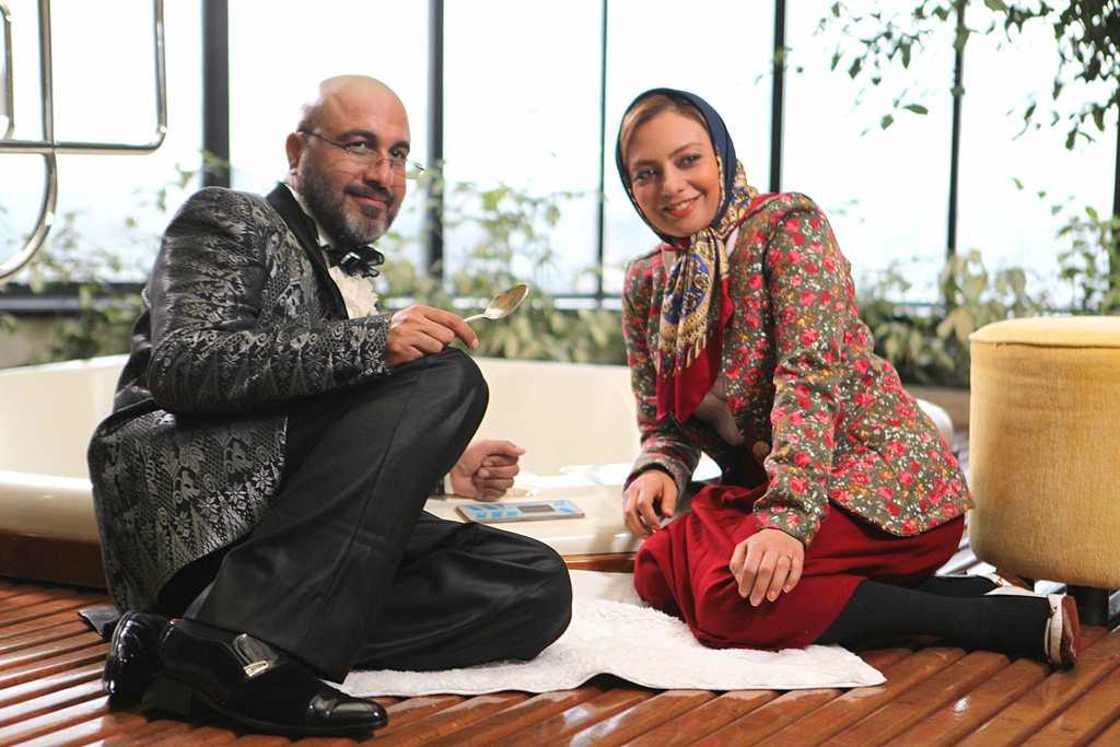 یکتا ناصر و رضا عطاران در نمایی از «من سالوادور نیستم»