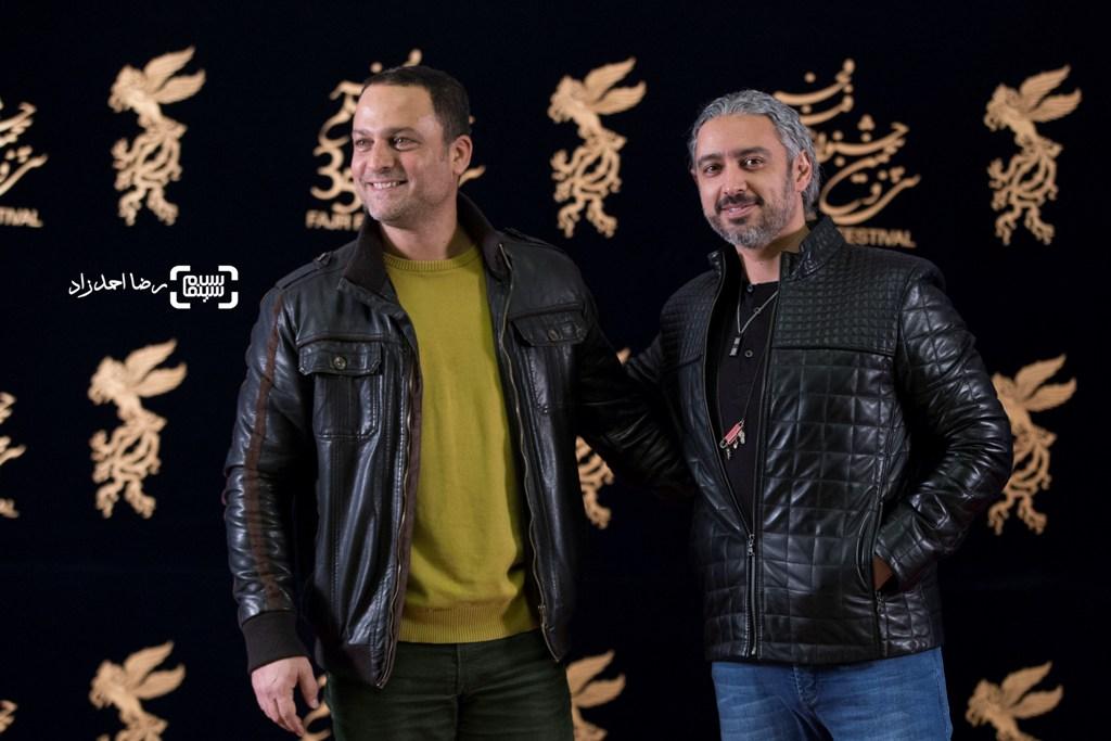 مازیار فلاحی و حسین یاری در اکران فیلم «یادم تو را فراموش» در سی و پنجمین جشنواره فیلم فجر