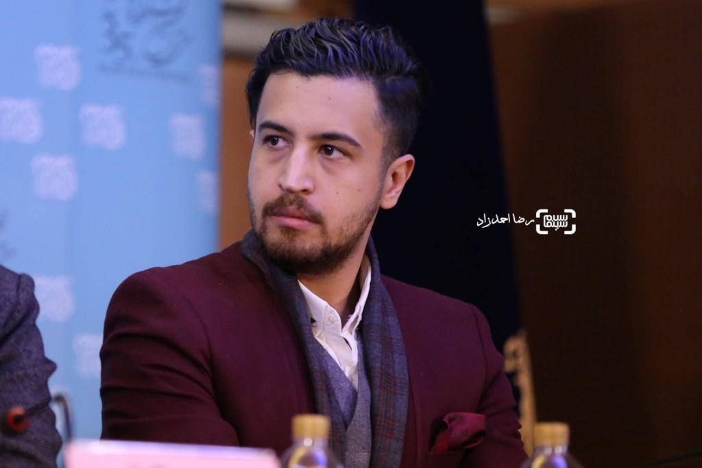 مهرداد صدیقیان در نشست خبری فیلم «ماجرای نیمروز» در سی و پنجمین جشنواره فیلم فجر