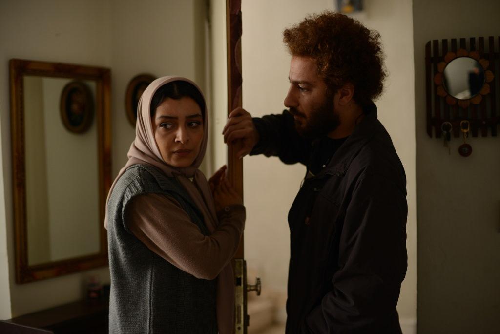 نمایی از فیلم «ناهید» با بازی ساره بیات و نوید محمدزاده