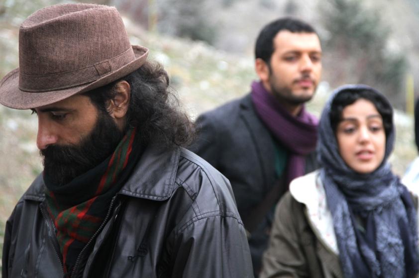 مسعود سلامی در نمایی از پشت صحنه فیلم «متولد 65»