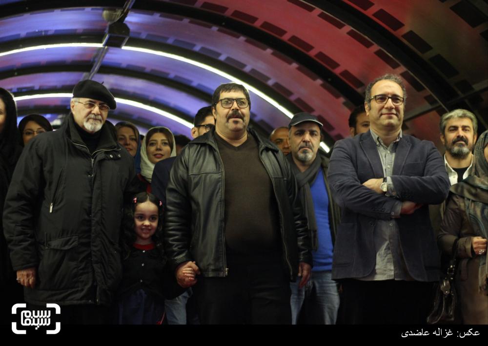 رضا میرکریمی و فرهاد اصلانی برروی فرش قرمز «دختر» در کاخ سی و چهارمین جشنواره فیلم فجر