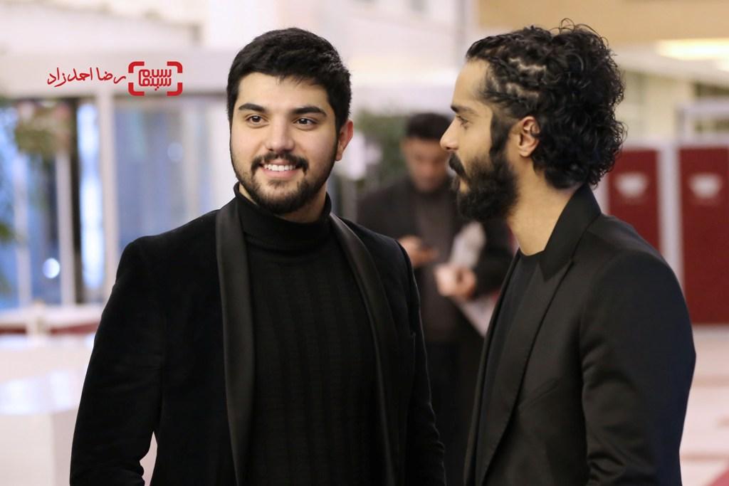 ساعد سهیلی و برادرش سینا سهیلی در اکران «گشت 2» در سی و پنجمین جشنواره فیلم فجر