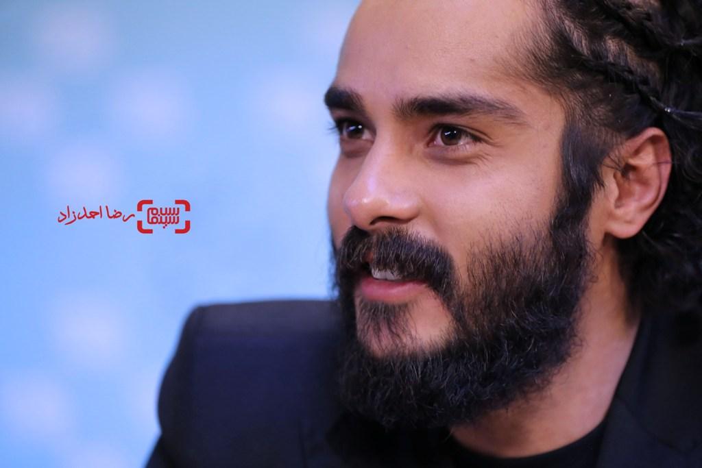 ساعد سهیلی در نشست خبری فیلم «گشت 2» در سی و پنجمین جشنواره فیلم فجر