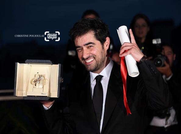 شهاب حسینی برنده جایزه بهترین بازیگر مرد برای بازی در فیلم «فروشنده» در اختتامیه شصت و نهمین جشنواره فیلم کن
