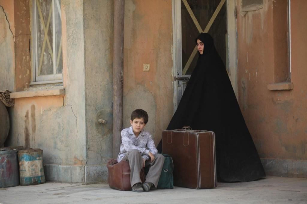 آناهیتا افشار در فیلم «ویلایی ها»