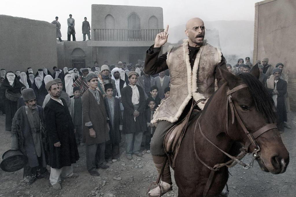 «یتیمخانه ایران» با بازی علیرام نورایی