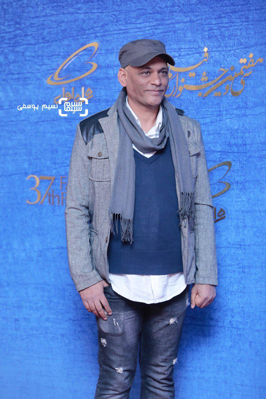 نادر فلاح گزارش تصویری اکران و نشست فیلم «درخونگاه»/جشنواره فجر 37